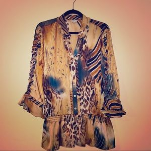Beautiful animal print blouse XL